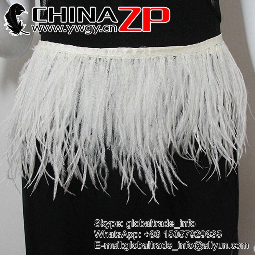 Výrobce zlata CHINAZP Factory 10 yardů / šarže Vysoce kvalitní bělené bílé pštrosí peří ořezávání