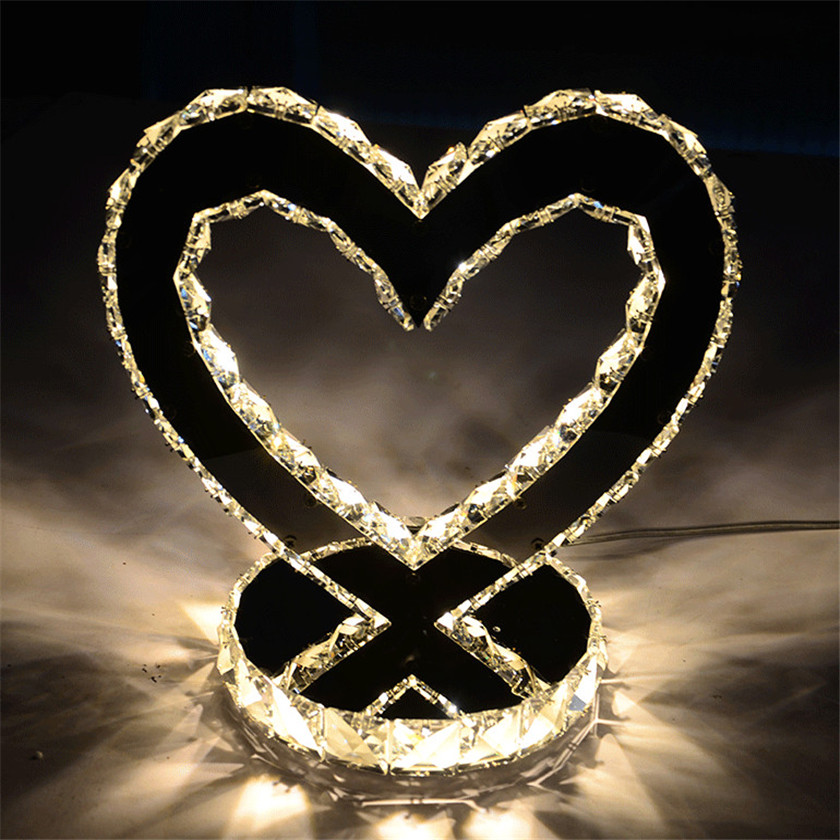 Fashion Table Lamp Diamond Crystal Desk Lights Heart Luxury Bedside Lamps for Bedroom Living Room Study Abajur Decoration Lamp
