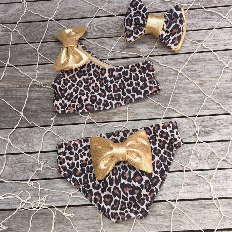 Лидер продаж, детский купальник из 3 предметов для маленьких девочек, Леопардовый принт, бикини на одно плечо, комплект + повязка на голову, л... 17