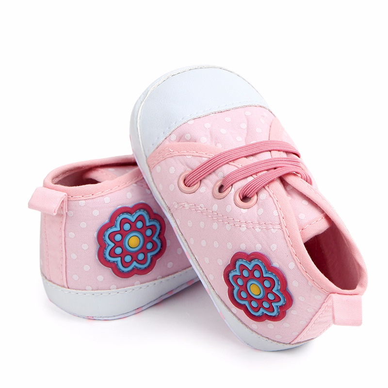 Spring Autumn Baby Girls Shoes Kids Soft Sole Anti-slipPolka Dot First Walkers Casual Walking Crib Shoes 2018 New