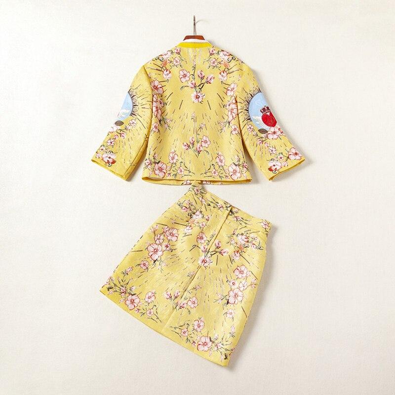 Высокое качество блестками жаккард золотой желтый принт красное сердце кнопки летают короткое пальто выше колена мини половина юбка женские наборы 2018 - 4