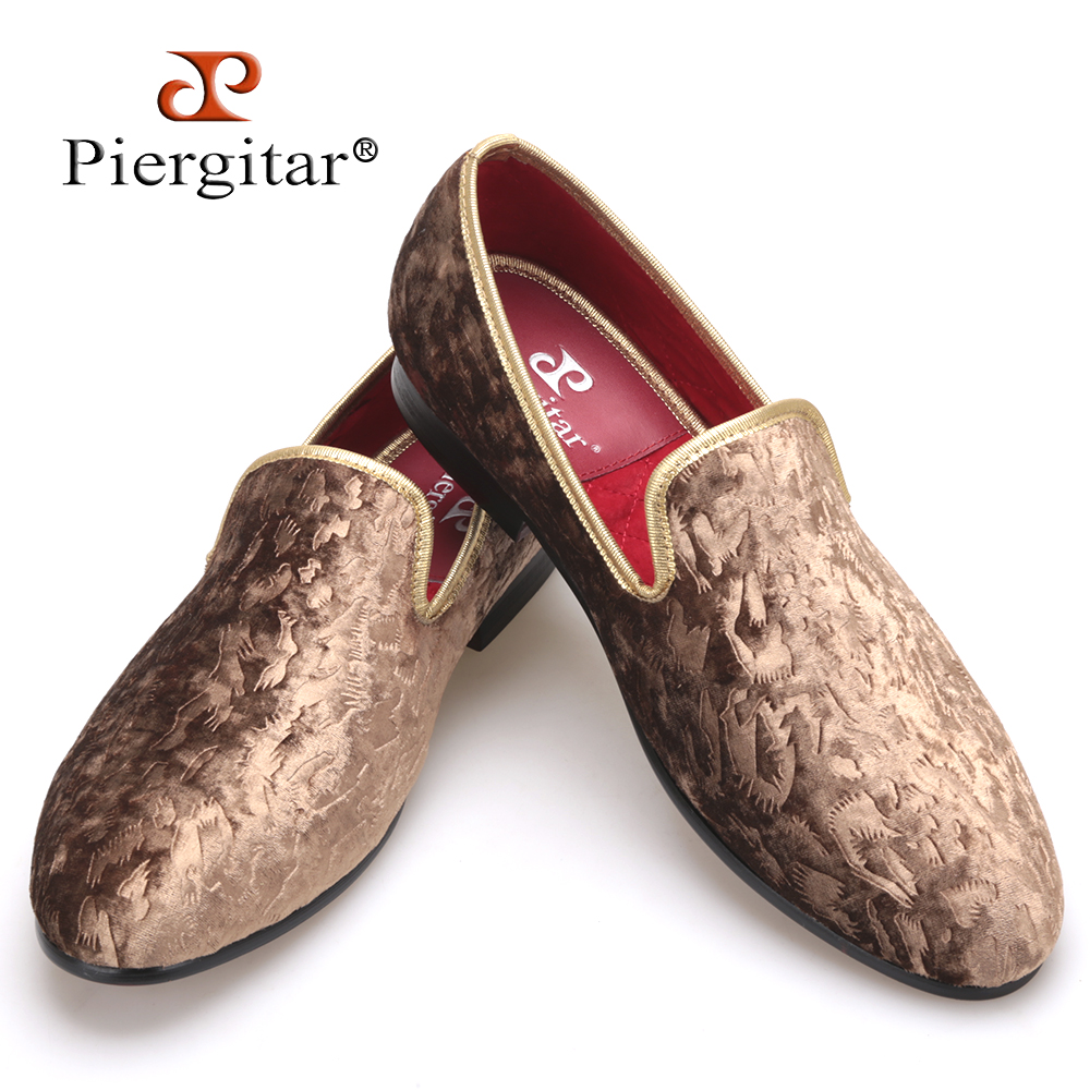 Piergitar 2018 New special - handcrafted brown flower print men velvet shoes party and wedding men's loafers fashion men's flats stylish handpainted flower and paisley print wedding casual party black tie for men