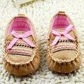 Niñas Bebé de la manera de las Zapatillas de deporte Mocasines Niño Recién Nacido Marrón con Rosa Nudo Mariposa Sólidos Slip-on Zapatos de Los Planos