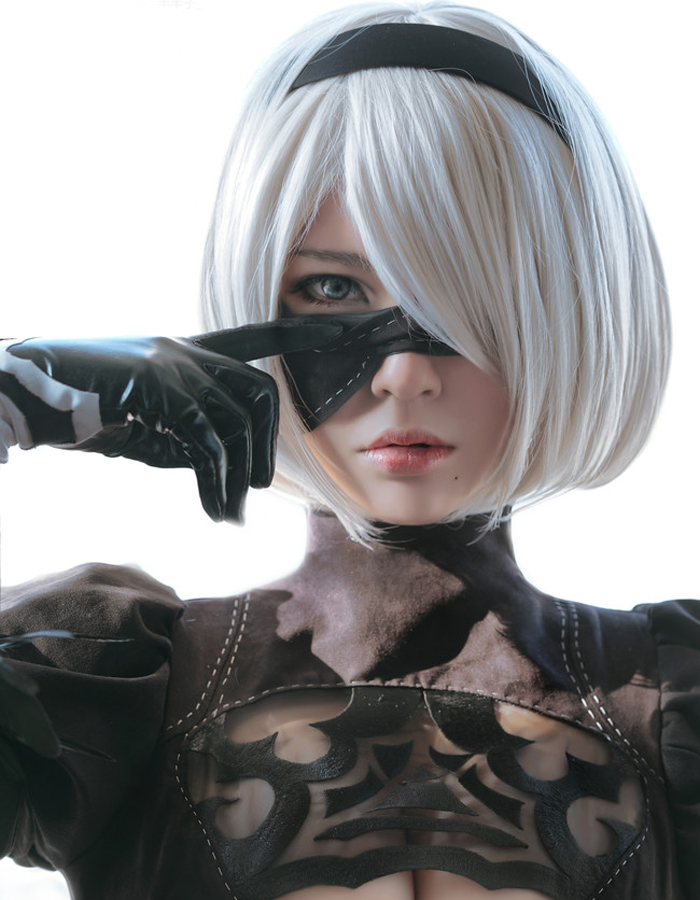 NieR:Automata 2B YoRHa No. 2 Type B Heroine Short Silver White Bobo Heat Resistant Cosplay Costume Wig (not include eye patch) trophy