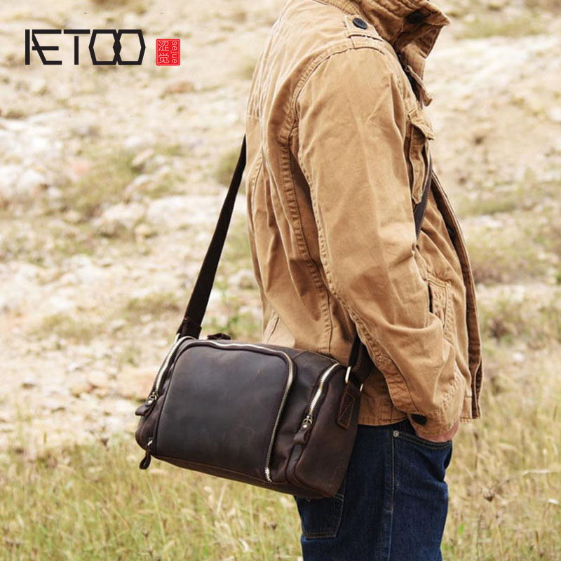 AETOO New mad horse skin retro to do the old shoulder bag cross section keg bag Japanese hand oblique cross wave tide male art aetoo the new retro mad horse skin backpack fashion shoulder shoulder leather package tide package