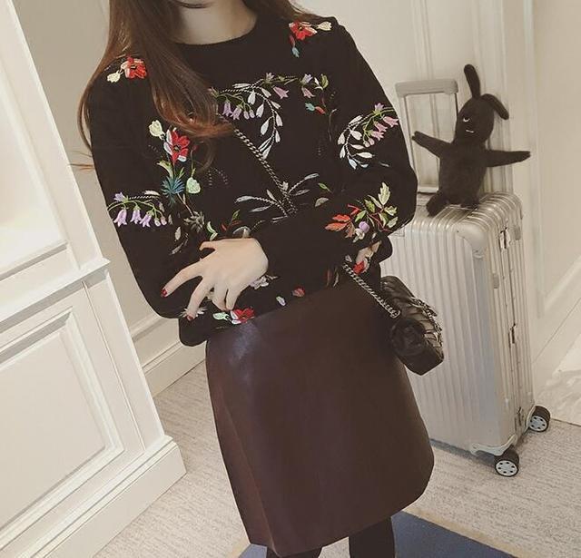 Корейский вышивка цветы о-образным вырезом с длинными рукавами Вязаный свитер женский мори девушка 2016 осень зима