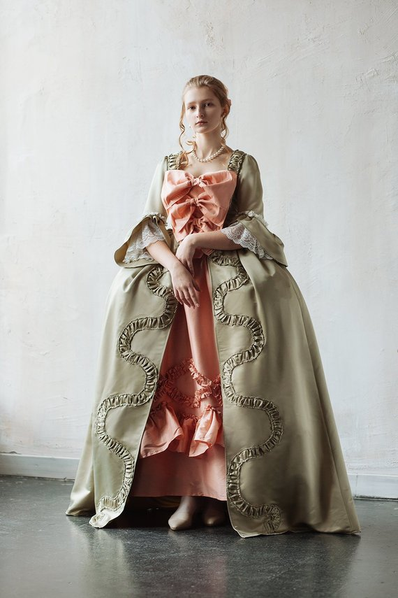 CostumeBuy 18th Century Europ Rococo Ball Gown Dress Women Marie Antoinette Baroque Ball Gown For Customer