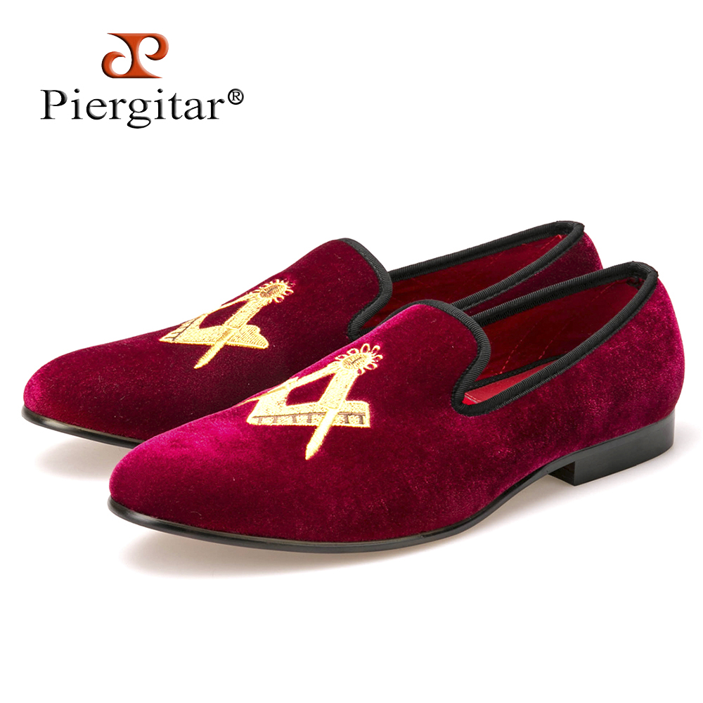 Exquisite embroidery pattern Velvet Men shoes Men Wedding and Party Loafers Men Flats Size US 4-14 Free shipping