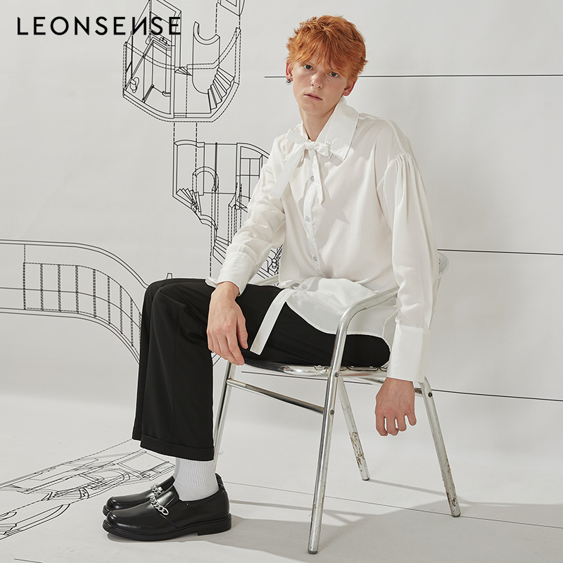 9487992d4f2b LEONSENSE 2018 New British style unique bow tie collar design shirt mens  casual loose white Wrinkle shirts for men Fast shipping-in Dress Shirts  from Men's ...