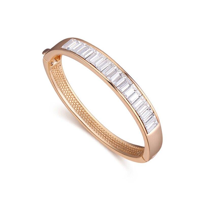 100% Crystals from SWAROVSKI Gold Color Bracelet Bangles Made With  SWAROVSKI Elements Pulseras Women Best Christmas Gifts