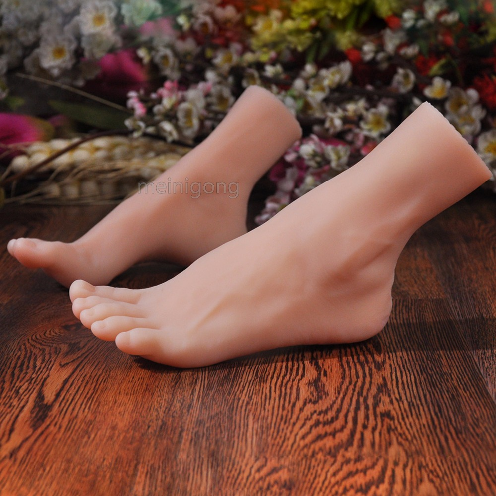 <font><b>2018</b></font> New female foot fake silicone, silicone foot model, model of shoe,Display model Photo Props of foot membrane foot membrane image