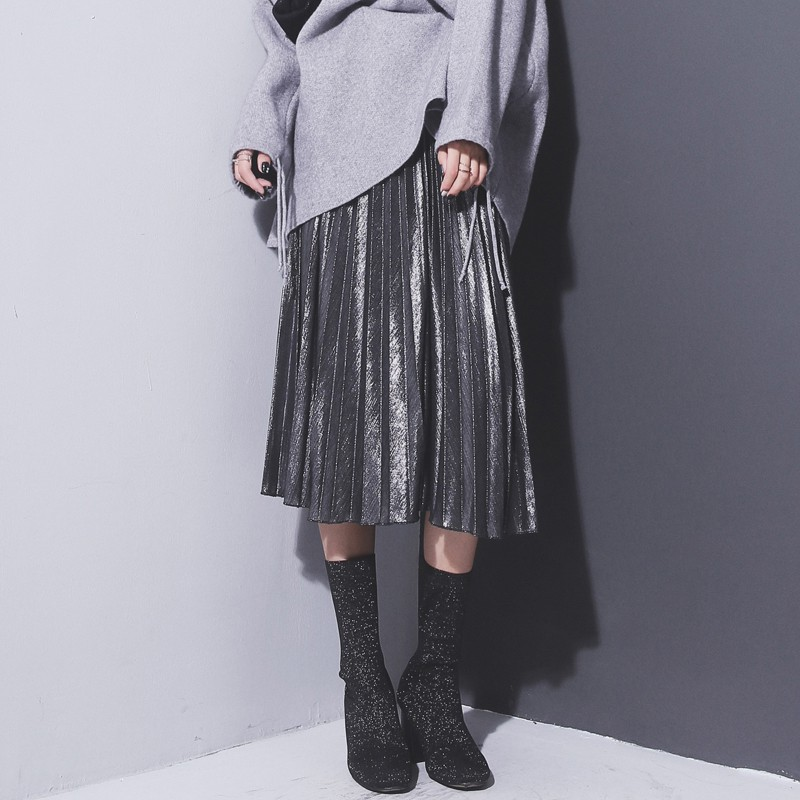 Danjeaner Women Silver Metallic Skirts Autumn Winter Casual Warm Slim Fit High Waist Pleated Skirts Fashion Party Club Skirts