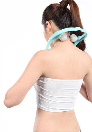 Manual Shoulder and neck Cervical vertebrae massager Prevention cervical spondylosis health care gift giving beauty bar
