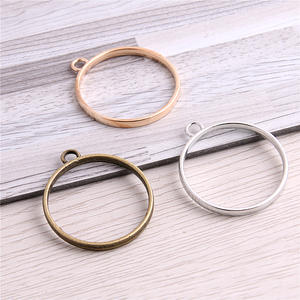 SWEET BELL 20pcs 28*32mm Alloy jewelry setting accessories round charm Hollow glue blank pendant tray bezel charm D6385