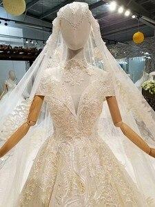 Image 4 - LS378441 altın dantel parlak düğün elbisesi glitter v yaka cap kollu dantel yüksek kolye basit güzellik peçe платья на свадьбу