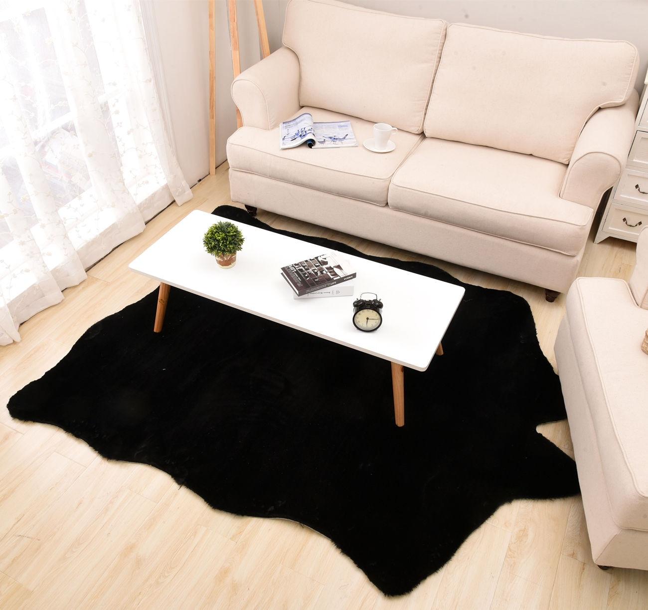 Tapis courts en Imitation cuir couleur unie en peluche tapis peaux d'animaux forme naturelle tapis décoration tapis vêtements accessoires de tir