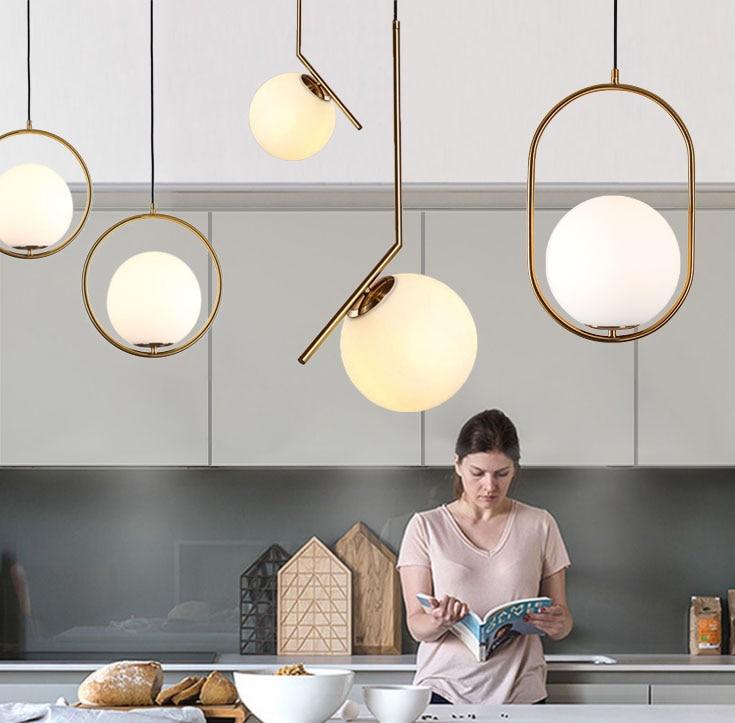 Işıklar ve Aydınlatma'ten Kolye ışıkları'de Homhi yuvarlak cam küre kolye ışık led decoracao mutfak armatürü Nordic ev deco yatak odası loft ışık altın kapalı asılı lamba