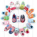 Hello Kitty Spiderman Patrón de Monstruo Del Coche Rana Mono Recién Nacido de Los Bebés Niñas Primer Caminante Bebe Walker Mocasines