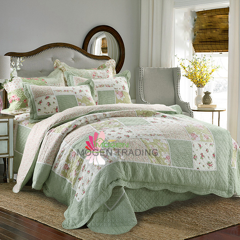 Patchwork Quilt Bedding Sets.Us 179 81 26 Off Chausub Patchwork Quilt Set 4pcs Korea Floral Cotton Quilts Bedspread Coverlet Bed Cover Duvet Cover Pillows Quilted Bedding Set In