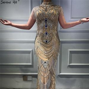 Image 5 - Dubai Gold Hoge Kraag Luxe Avondjurken 2020 Mouwloze Diamant Kralen Kwastje Sexy Avondjurken Serene Hill LA60893