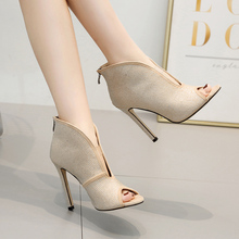 2019 New Gladiator Retro Classic Women Sandals High Square Heel Pumps Crystal Ladies Shoes With Peep Toe 35-42