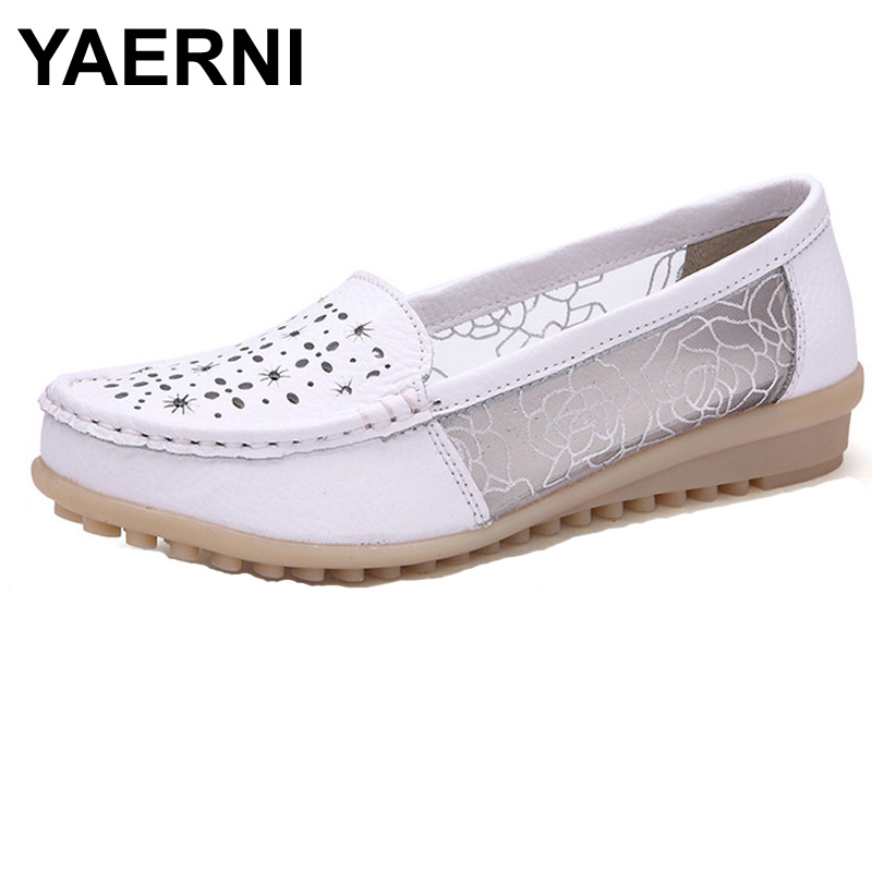YAERNI Summer Women Genuine Leather Flat Shoes Hollow out Lace Slip-On Nurse Peas Loafers Shoes Female Casual Flats Moccasins  wolf who 2017 summer loafers cut out women genuine leather shoes slip on shoes for woman round toe nurse casual loafer moccasins