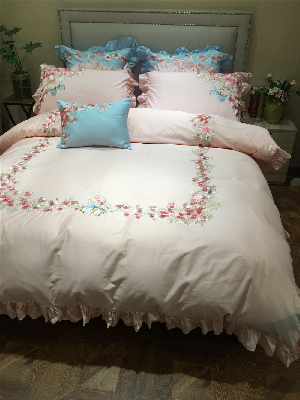 4pcs 100 Cotton Luxury Embroidery Bedding Sets Full Queen