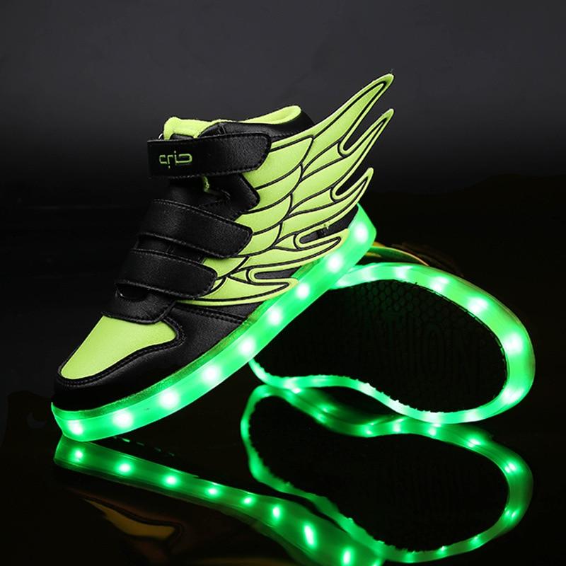 2018 Kids Led Lights Wings Sko Fashion Boys Piger sko USB Charger Light Børn Sko farverige blinkende lys sneakers