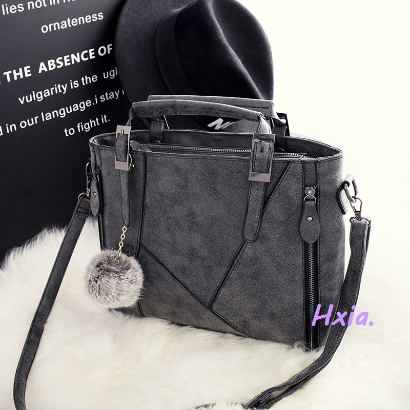 Free shipping, 2018 new fashion handbags, casual shoulder bag, European and American fashion messenger bag, matte strap handbags etersto2018 new casual fashion stitching hit color handbags new fashion handbags parker women s party wallets ms messenger bag