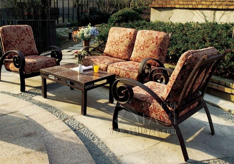 4 Piece New Design Leisure Good Quality Cast Aluminum Outdoor Furniture  Sofa Set Transport By Sea