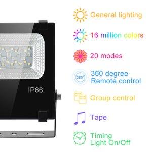 Image 2 - Reflector de luz LED inteligente para exteriores, RGB, 15W, Bluetooth 4,0, Control por aplicación de 360 °, IP66, para jardín, resistente al agua, cambia de Color