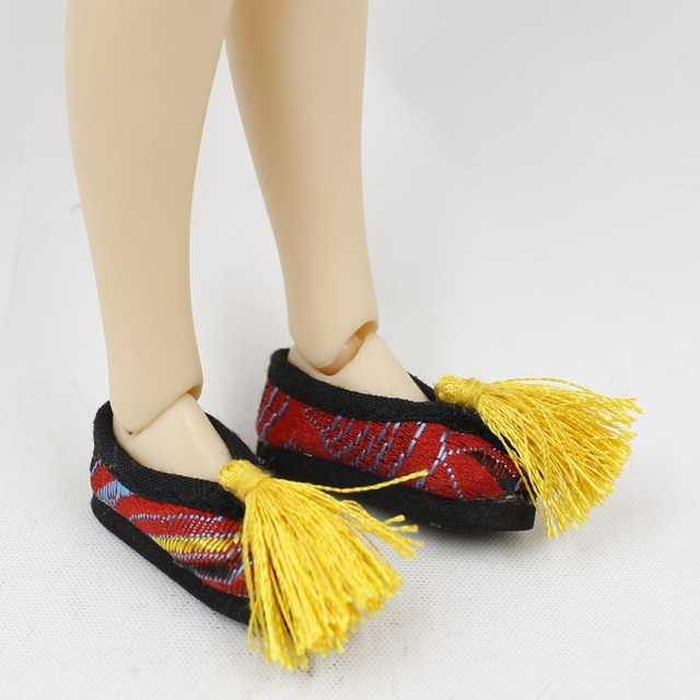 Neo Blythe Doll Embroidery Shoes