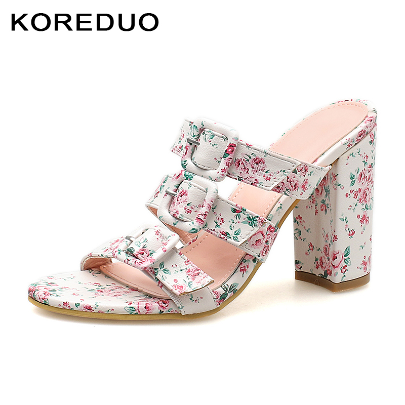 KOREDUO New Fashion Summer Cool Slippers Women Transparent