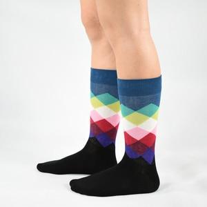 Image 5 - 2019 الوقت محدود القياسية الجوارب غير رسمية الرجال موضة رجالي جوارب قطنية ملونة الجاكار الفن ضرب نقطة ملونة طويلة سعيد جورب