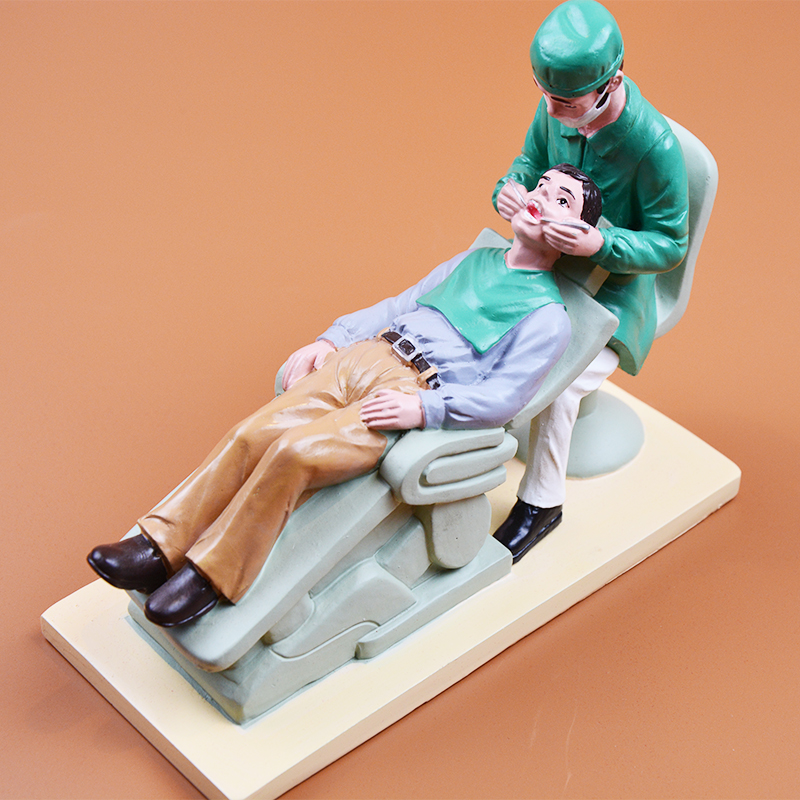 Dental Working Gifts or Souvenirs High Quality Dentist Gift Working dentist Sculpture for Collection