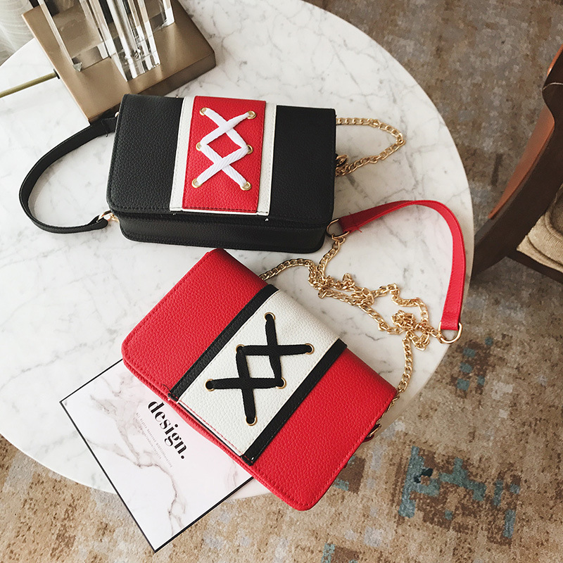 2018 new wild fashion handbag Messenger chain shoulder bag hit color tie small square package.