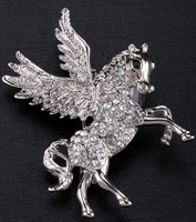 Unicorn Flying Horse Brooch Pin For Women Girls Crystal Jewelry Charm Top Fashion 2015 ZP53