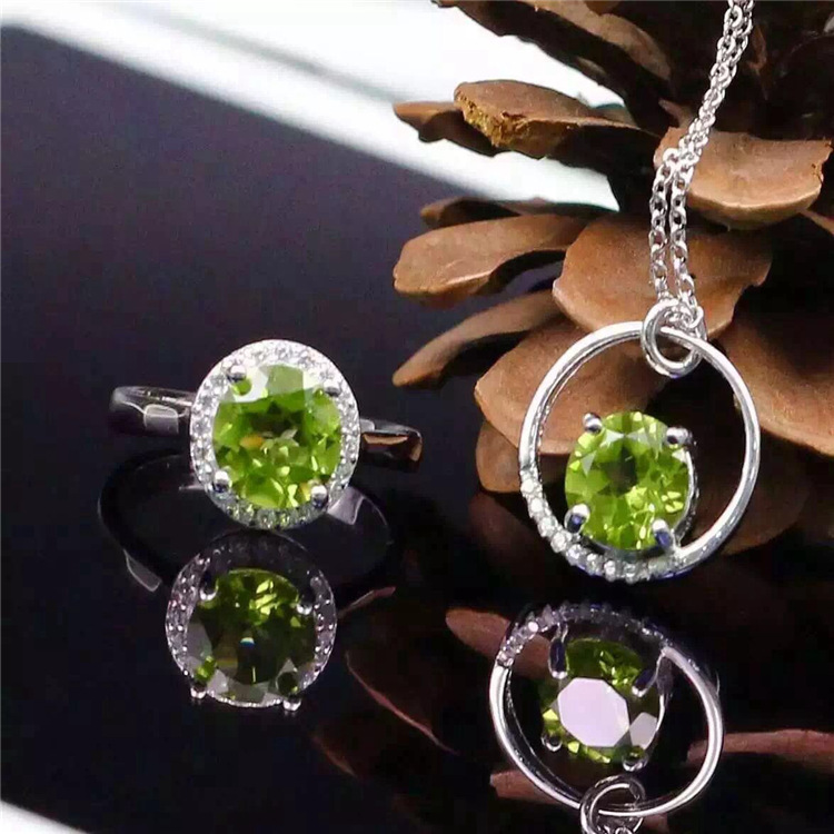 The new S925 silver jewelry set Peridot Pendant Necklace Ring Alice two piece inlaid gemstone jewelry rhinestone inlaid geometric faux gem pendant jewelry set
