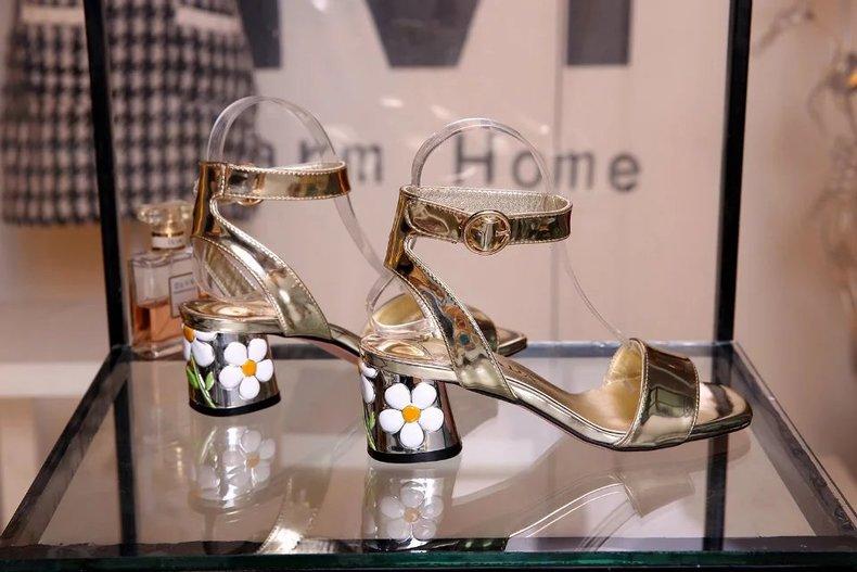 Nuevo Cuero Dulce Zapatos Negro Sandalias Muchacha Show Nueva De as Talón Del Patentes Oro Correa Chunky As Tobillo Show Flor Verano Mujer La Hebilla qxSHtnw