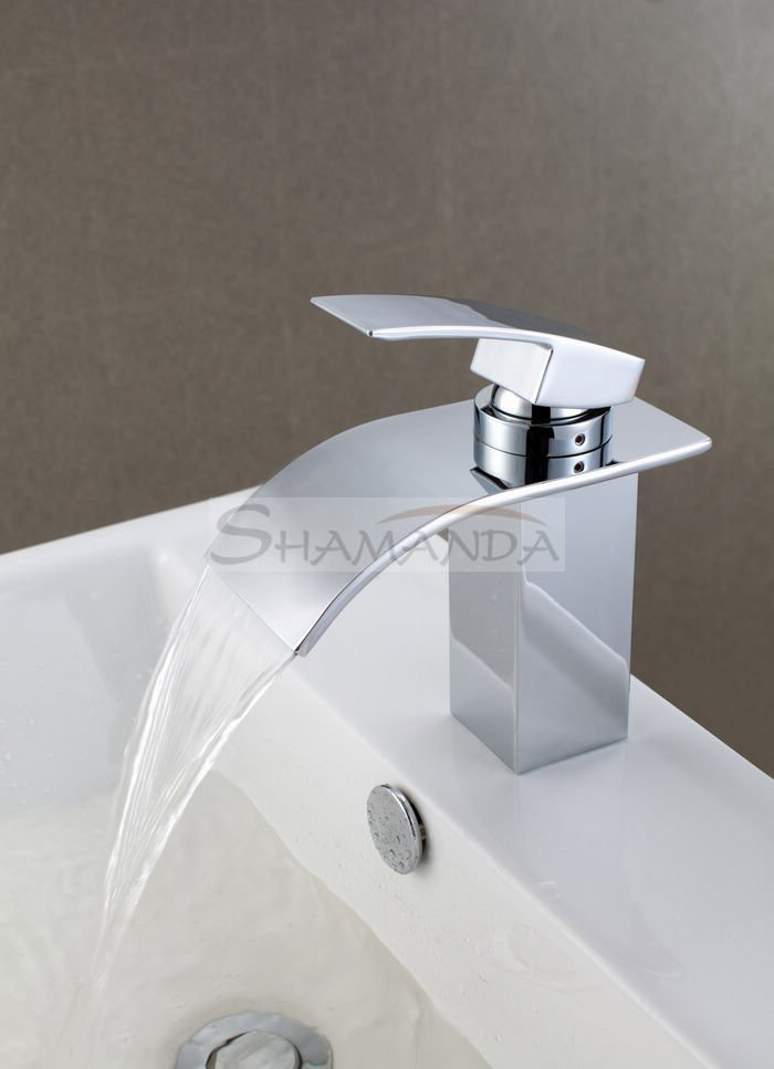 Здесь продается  Free shipping~ Single Handle Brass Chrome Finishing Waterfall Bathroom Basin Faucet+ Big Mouth Waterfall faucet SMD-05  Строительство и Недвижимость