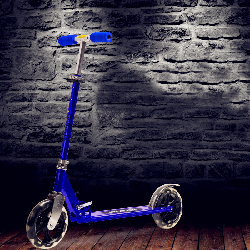 2 Wheel Scooter For Adults Kids  Folding Portable Riding Bicycle Aluminum Height Adjustable Load 100KG Silver white, black gy6 scooter driven wheel high performance scooterl drivern scooter fit for 125cc 150cc engine chinese all brand motocross lh 115