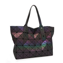 2016 New Fashion Women Pearl Bag Diamond Lattice Tote Geometry Quilted Handbag Geometric Mosaic Laser Sequins Shoulder Bag A4166