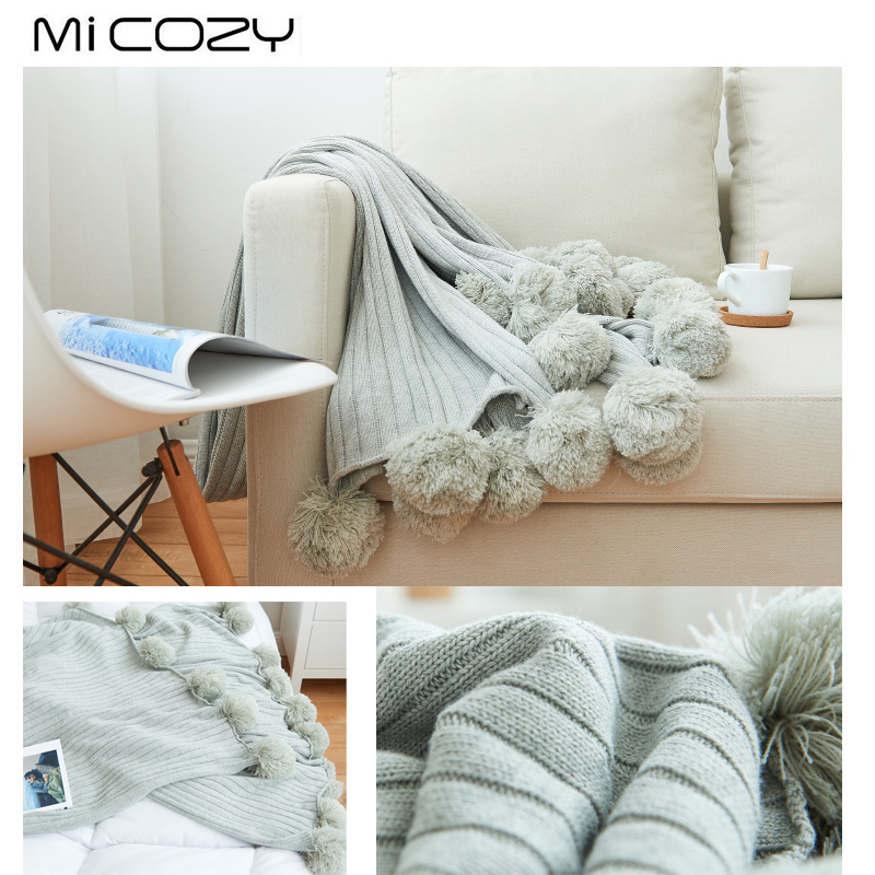 Cotton And Acrylic Blanket With 20 Pompons New Arrival Home Decorative Full Size Knitted Blanket