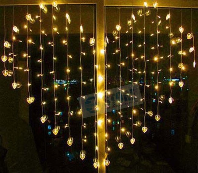 Christmas LED Fairy Lights For Indoor 1.5M x 1.5M 128PCS Curtain ...