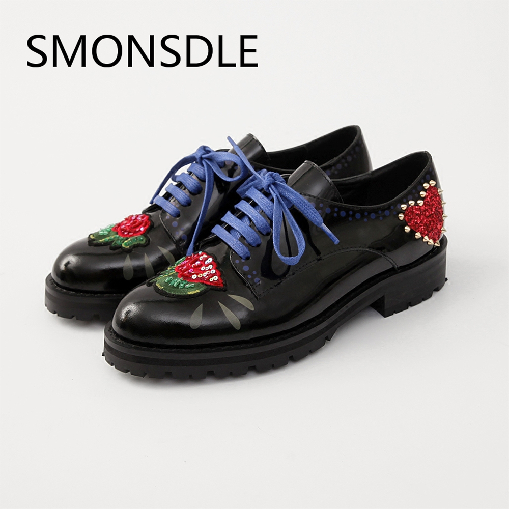 2018 New Black Genuine Leather Gladiator Lace Up Women Flat Shoes Round Toe Heart Metal Studded Casual Oxfords Shoes Woman new high quality women shoes solid black spring autumn brogue shoes woman s fretwork lace up flat heels round toe oxfords shoes