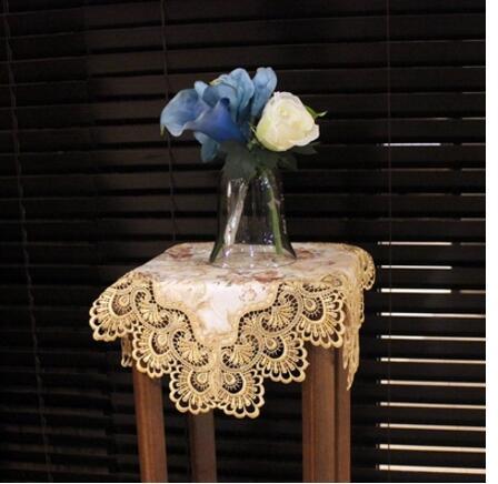 Прикроватные скатерти ткань кружева цветок стойки микроволновая стиральная машина простыня современный простой квадратный столик ткань Е...