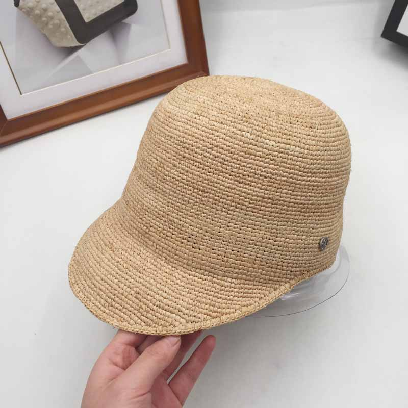 The new spring and summer baseball cap hat straw fashion travel all-match M hat equestrian Hat Visor hats for men and women knitted skullies cap the new winter all match thickened wool hat knitted cap children cap mz081
