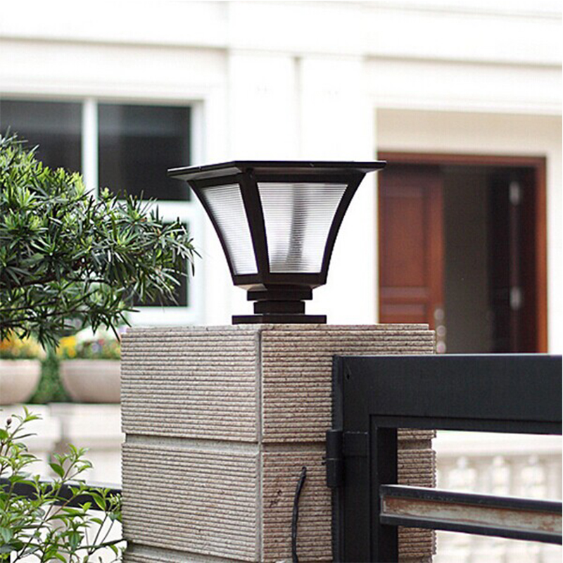 1.5W 4000mah Battery Solar Pillar Light Outdoor Solar Fence Post Cap Light  Waterproof Lanscape Garden Photo
