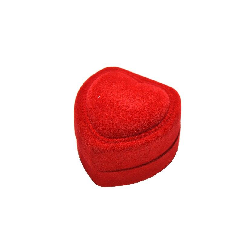Купить с кэшбэком Wholesale 24Pcs Romantic Velvet Birthday engagement Ring Box Red Heart Shaped Valentine's Day Ring Gift Box Velvet Ring Box