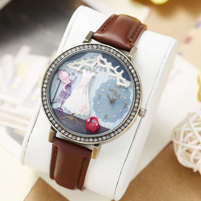 aca5d297e83 Miss Keke Argila 3d Bonito Mini Mundo As Mulheres Se Vestem de Strass Relógios  de Quartzo Das Senhoras do Vintage Retro relógios de Pulso de Couro 1039 em  ...